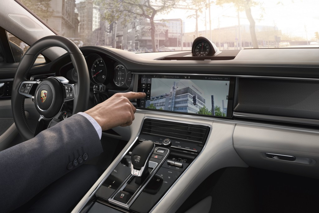 Google Street View in the new Panamera. Foto: Porsche