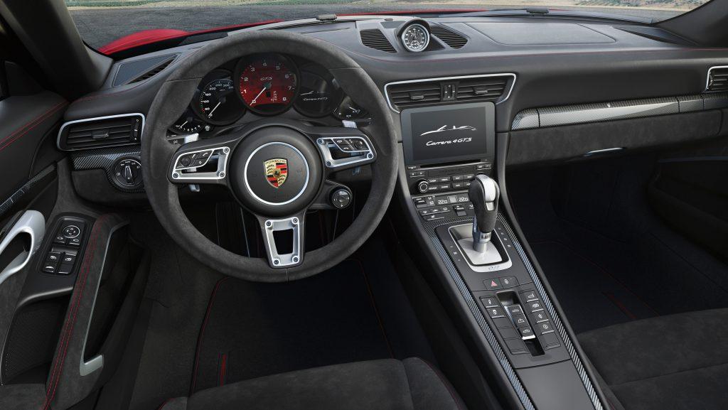 Interior 911 Carrera 4 GTS Cabriolet. Foto: Porsche