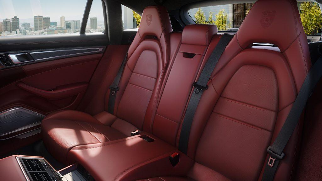 Interiorul Panamera 4 E-Hybrid Sport Turismo. Foto: Porsche