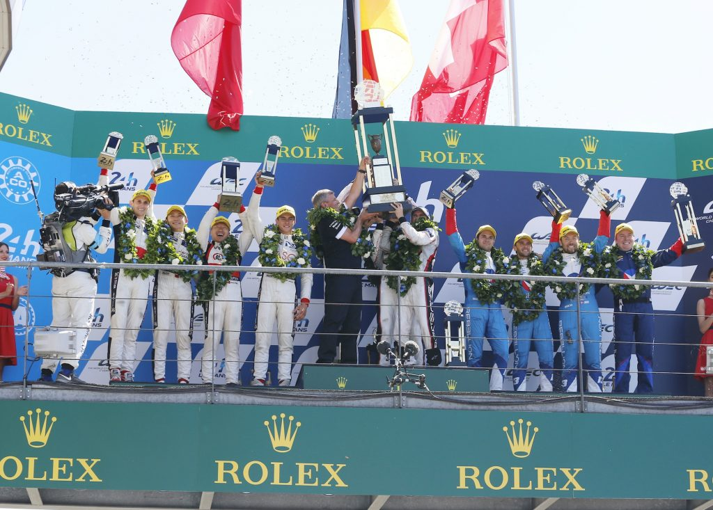 Fritz Enzinger (Leiter LMP1), Porsche LMP Team: Brendon Hartley, Earl Bamber, Timo Bernhard (l-r)