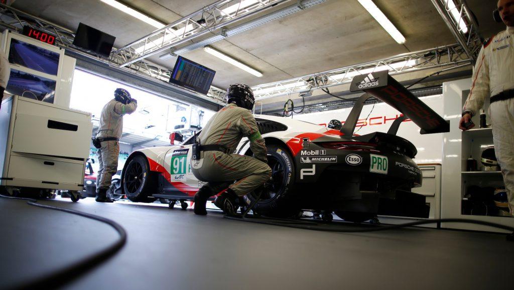 Porsche 911 RSR (91), Porsche GT Team: Richard Lietz, PatrickPilet, Frederic Makowiecki