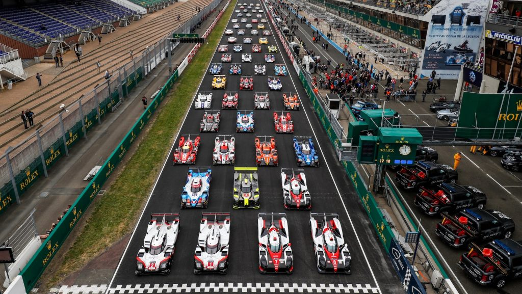 Official picture of all the cars competing in the 24 Heures du Mans.
