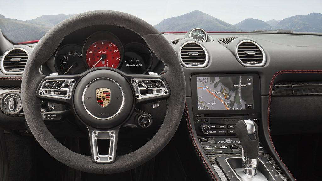 Interiorul noilor 718 GTS. Foto: Porsche