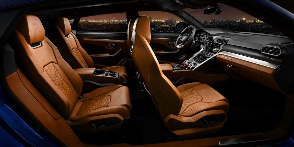 Interior Lamborghini Urus. Foto: media.lamborghini.com