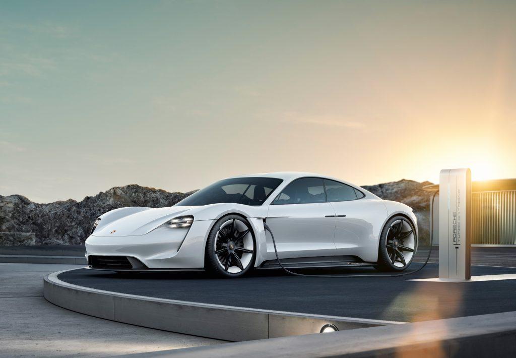 Porsche Taycan, primul model full electric al mărcii. Foto: Porsche