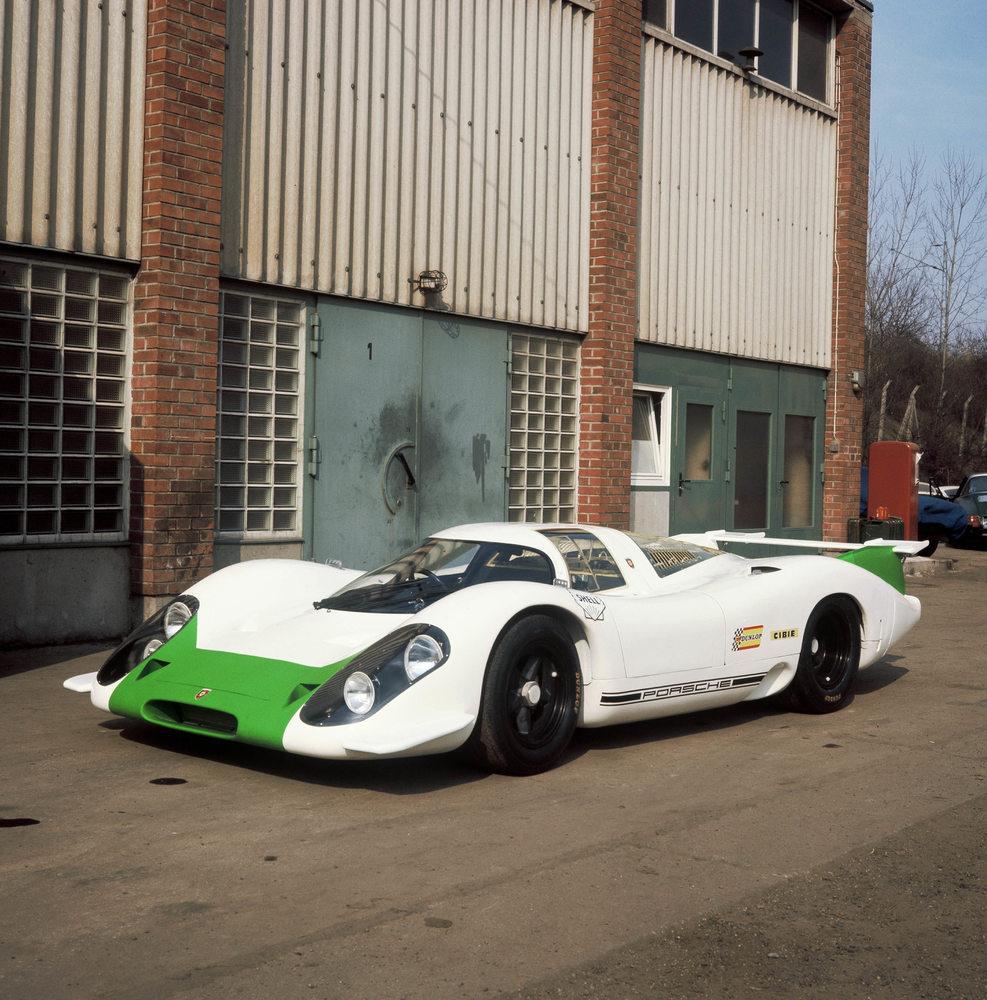 Echipa de la Muzeul Porsche a lucrat ani la rând să restaureze primul Porsche 917 la starea sa inițială, așa cum a fost lansat în 1969 Foto: Porsche