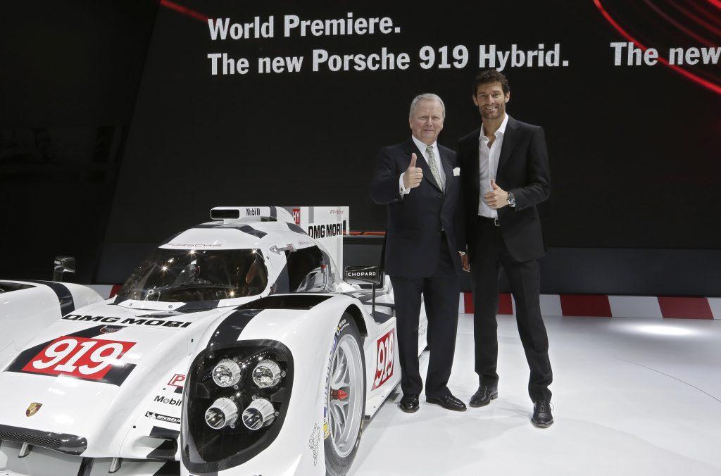 În 2014, Porsche a sărbătorit întoarcerea pe marea scenă a motorsportului și, o dată cu aceasta, premiul mondial al Porsche 919 Hybrid pentru categoria de top LMP1 a Campionatului Mondial de Rezistență FIA (FIA World Endurance Championship). Foto: Porsche
