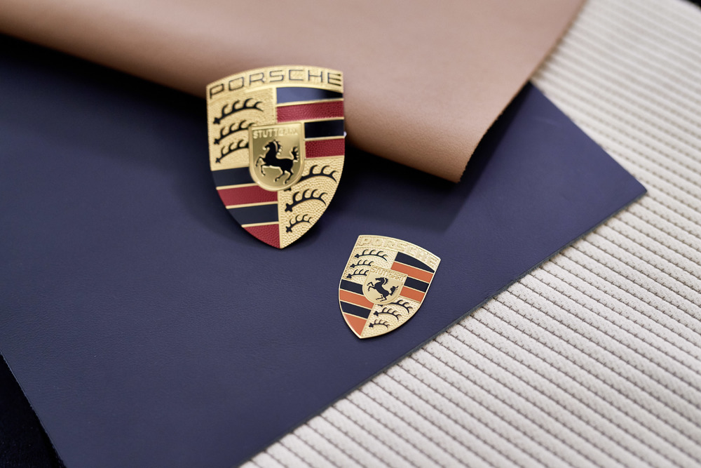Fabric samples from the 50s: Corduroy Photo: Porsche