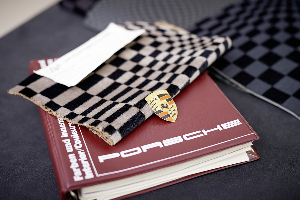 Fabric samples from the 70s: Pascha pattern Photo: Porsche
