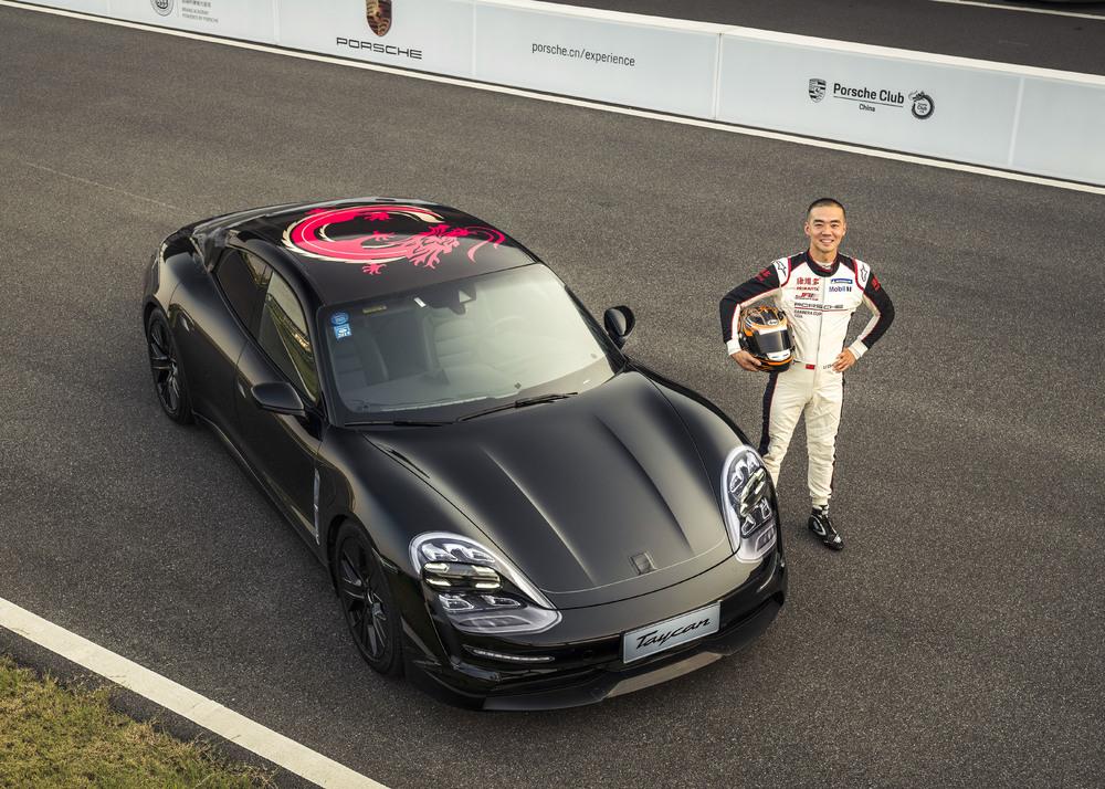 Testing a Porsche Taycan prototype at the PEC in Shanghai: Porsche Carrera Cup Asia driver Li Chao Photo: Porsche