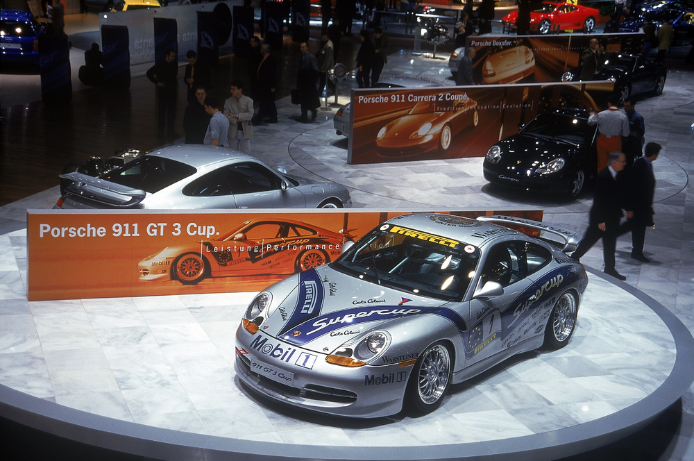 The first Porsche 911 GT3 Supercup at the Automobil Salon in Geneva in 1999 Photo: Porsche