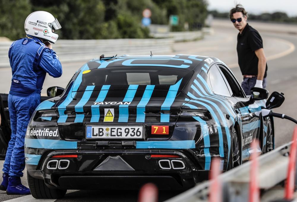 Schimbul piloților Foto: Porsche