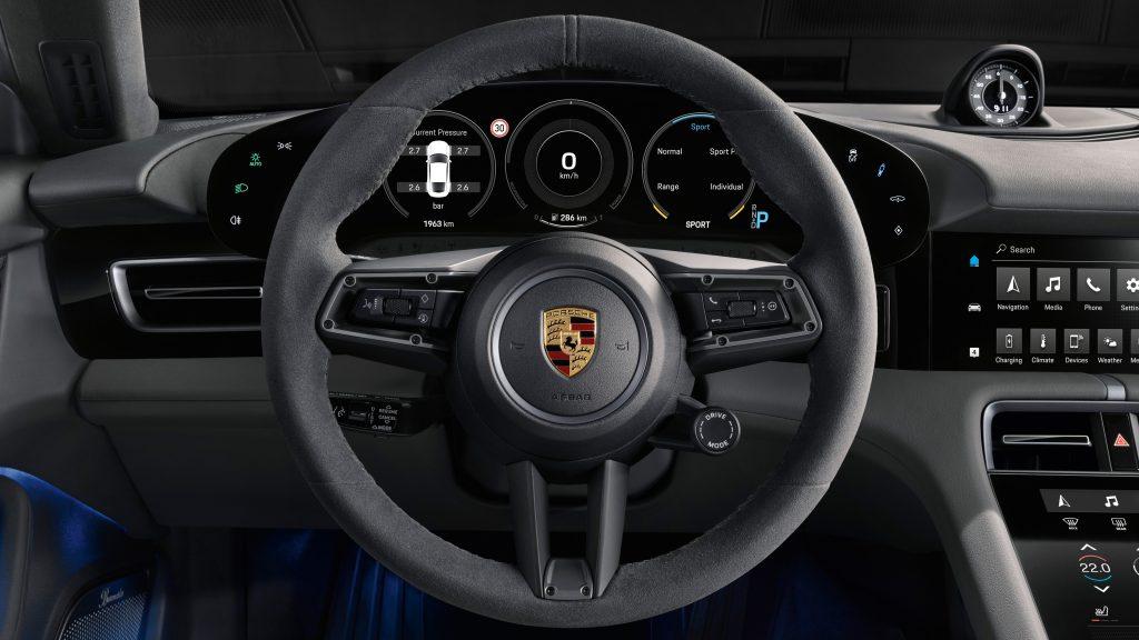 Interior Porsche Taycan Foto: www.newsroom.porsche.com